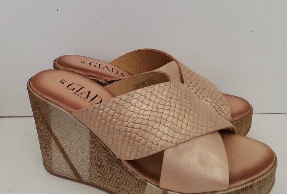 La comodità è di moda, Jessica Clari scarpe In Vera Pelle