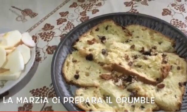Tutti dovrebbero avere una Marzia: la Torta CRUMBLE fatta con i resti del Panettone