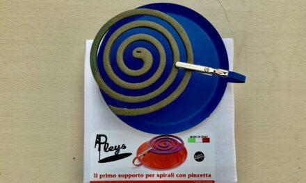 """San Mauro Pascoli: L'idea! """"Pleys"""" il supporto intelligente, per spirali anti zanzare"""
