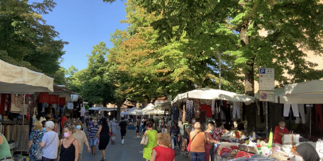 Mercati settimanali nei comuni in provincia di Forlì e Cesena, prendi nota 📝